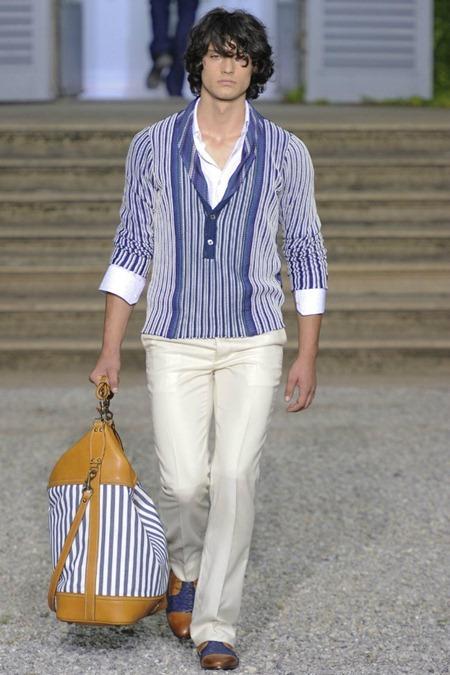 MILAN FASHION WEEK Roberto Cavalli Spring 2012. www.imageamplified.com, Image Amplified (16)