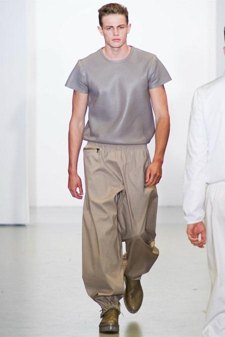 MILAN FASHION WEEK Calvin Klein Collection Spring 2012. www.imageamplified.com, Image Amplified (35)