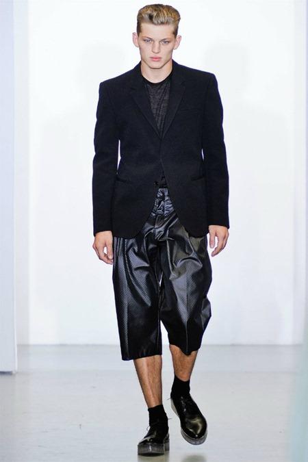 MILAN FASHION WEEK Calvin Klein Collection Spring 2012. www.imageamplified.com, Image Amplified (5)