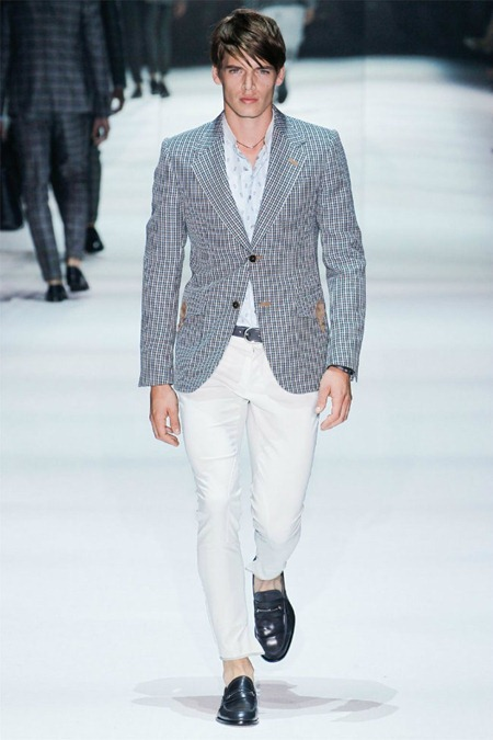MILAN FASHION WEEK Gucci Spring 2012. www.imageamplified.com, Image Amplified (16)