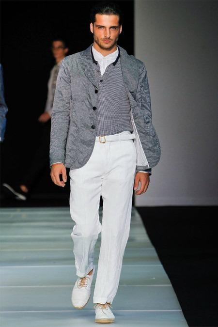 MILAN FASHION WEEK Giorgio Armani Spring 2012. www.imageamplified.com, Image Amplified (7)