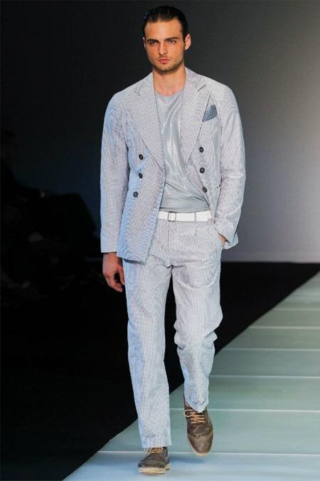 MILAN FASHION WEEK Giorgio Armani Spring 2012. www.imageamplified.com, Image Amplified (19)