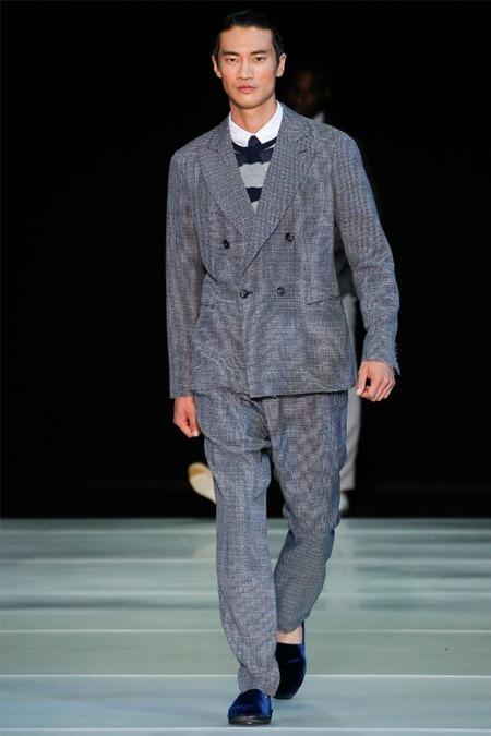 MILAN FASHION WEEK Giorgio Armani Spring 2012. www.imageamplified.com, Image Amplified (59)