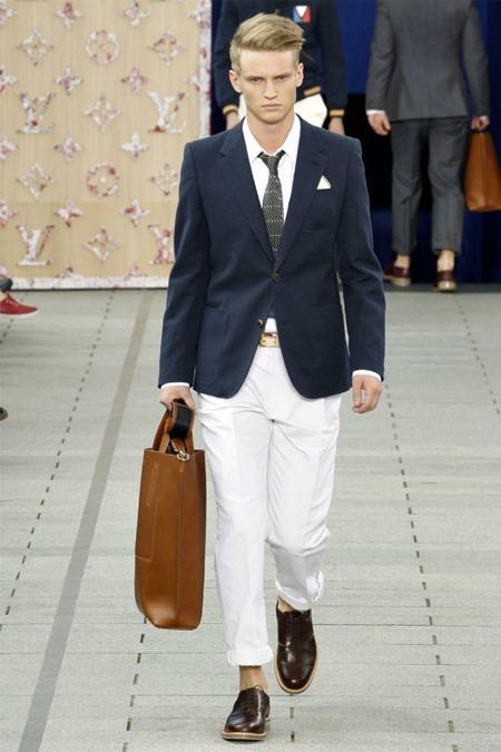 PARIS FASHION WEEK Louis Vuitton Spring 2012. www.imageamplified.com, Image Amplified (38)