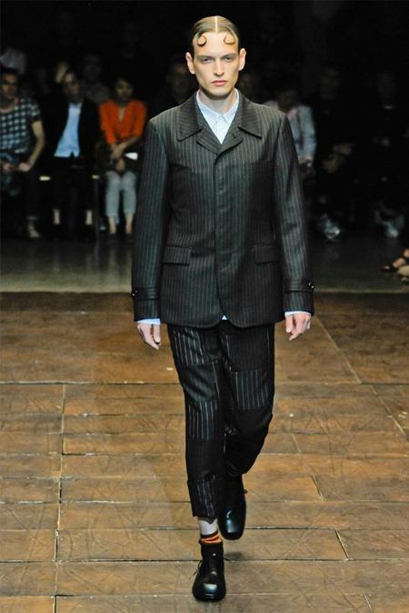 PARIS FASHION WEEK Comme des Garçons Spring 2012. www.imageamplified.com, Image Amplified (31)