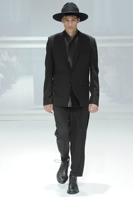 PARIS FASHION WEEK Dior Homme Spring 2012. www.imageamplified.com, Image Amplified (1)