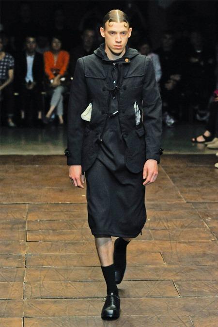 PARIS FASHION WEEK Comme des Garçons Spring 2012. www.imageamplified.com, Image Amplified (40)