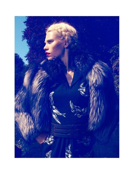 VOGUE JAPAN Aline Weber by Camilla Akrans. August 2011, Sissy Vian, www.imageamplified.com, Image Amplified (13)
