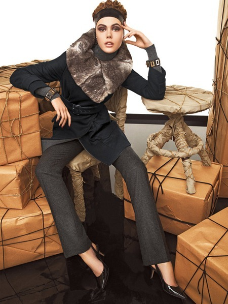 CAMPAIGN Frida Gustavsson & Kinga Rajzak for Max Mara Studio Fall 2011 by Giampaolo Sgura. www.imageamplified.com, Image Amplified (1)