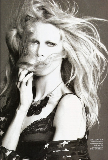VOGUE SPAIN Claudia Schiffer in Claudia by Tom Munro. Belen Antolin, September 2011, www.imageamplified.com, Image Amplified (5)