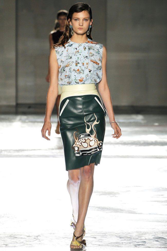 MILAN FASHION WEEK Prada Spring 2012. www.imageamplified.com, Image Amplified (13)
