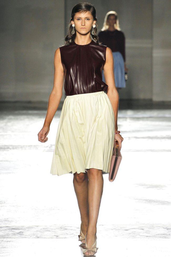 MILAN FASHION WEEK Prada Spring 2012. www.imageamplified.com, Image Amplified (14)