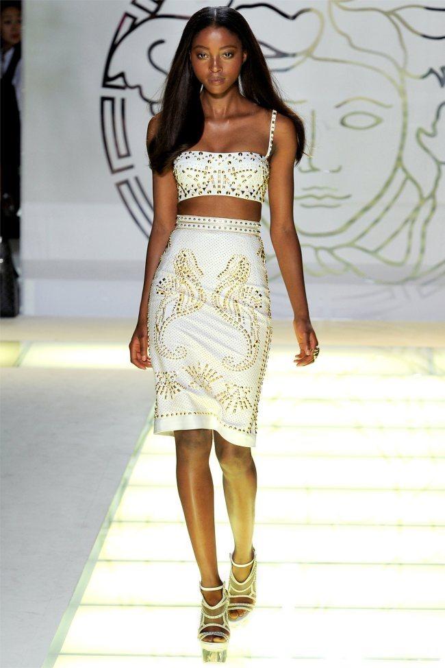 MILAN FASHION WEEK Versace Spring 2012. www.imageamplified.com, Image Amplified (2)