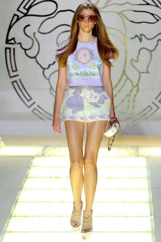MILAN FASHION WEEK Versace Spring 2012. www.imageamplified.com, Image Amplified (7)