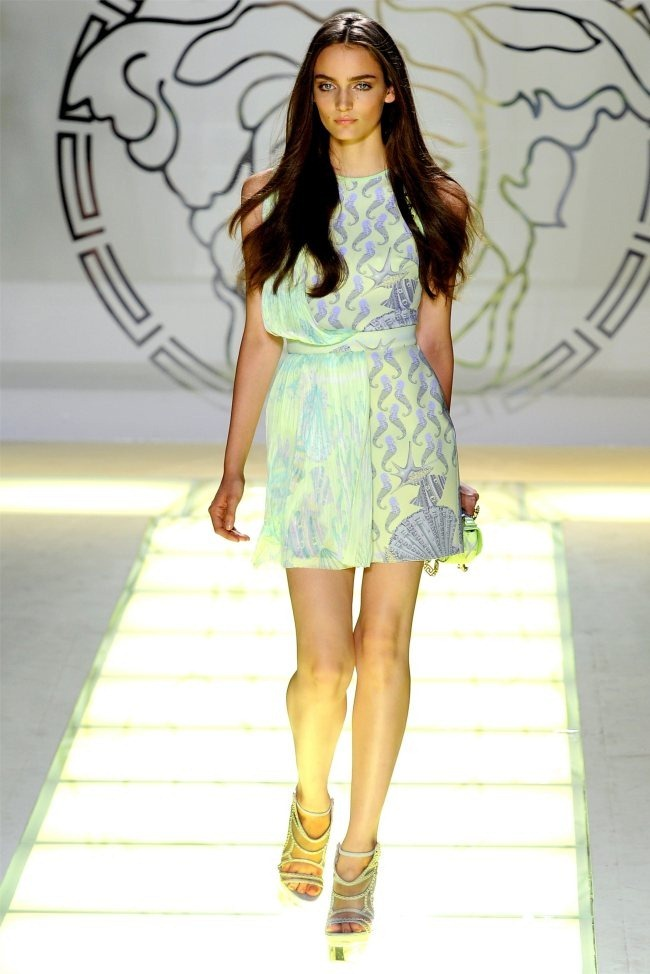 MILAN FASHION WEEK Versace Spring 2012. www.imageamplified.com, Image Amplified (19)
