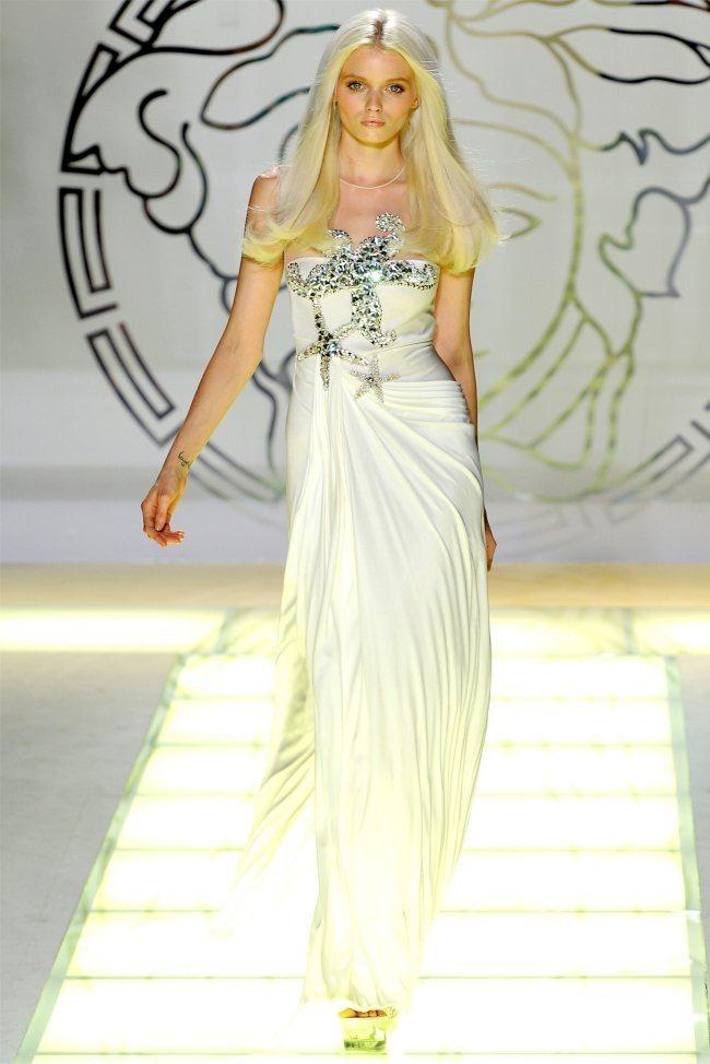 MILAN FASHION WEEK Versace Spring 2012. www.imageamplified.com, Image Amplified (28)