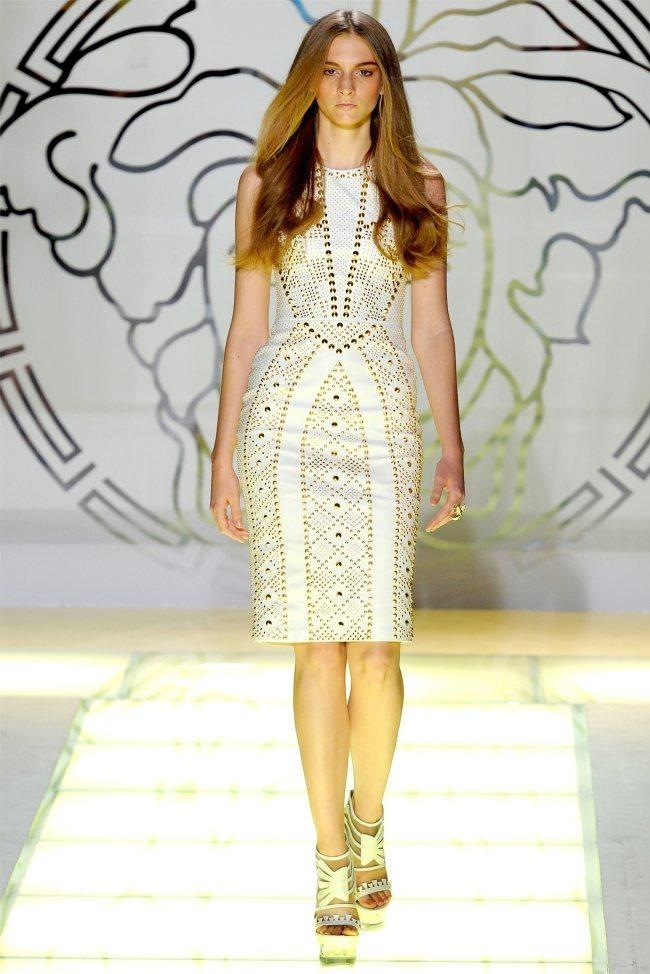 MILAN FASHION WEEK Versace Spring 2012. www.imageamplified.com, Image Amplified (33)