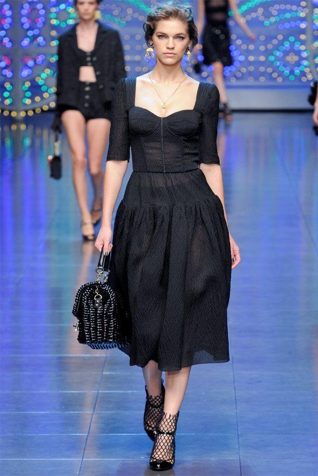 MILAN FASHION WEEK Dolce & Gabbana Spring 2012. www.imageamplified.com, Image Amplified (59)