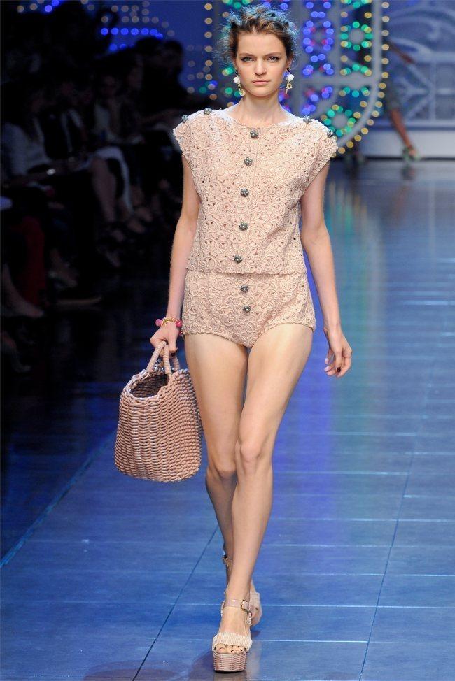 MILAN FASHION WEEK Dolce & Gabbana Spring 2012. www.imageamplified.com, Image Amplified (39)