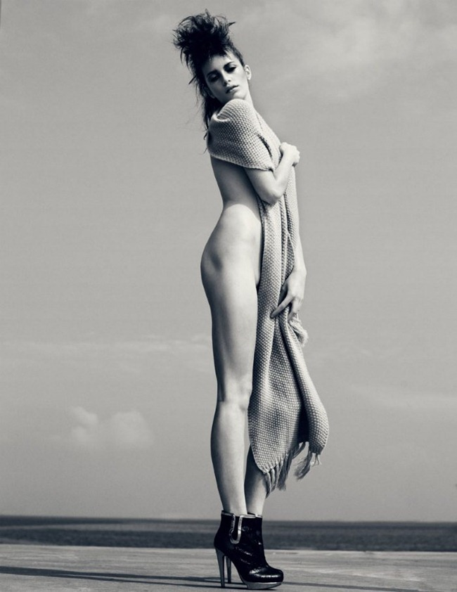 TUSH MAGAZINE Milly Simmonds by Signe Vilstrup. Fall 2011, Wiebke Bredehorst, www.imageamplified.com, Image Amplified (9)