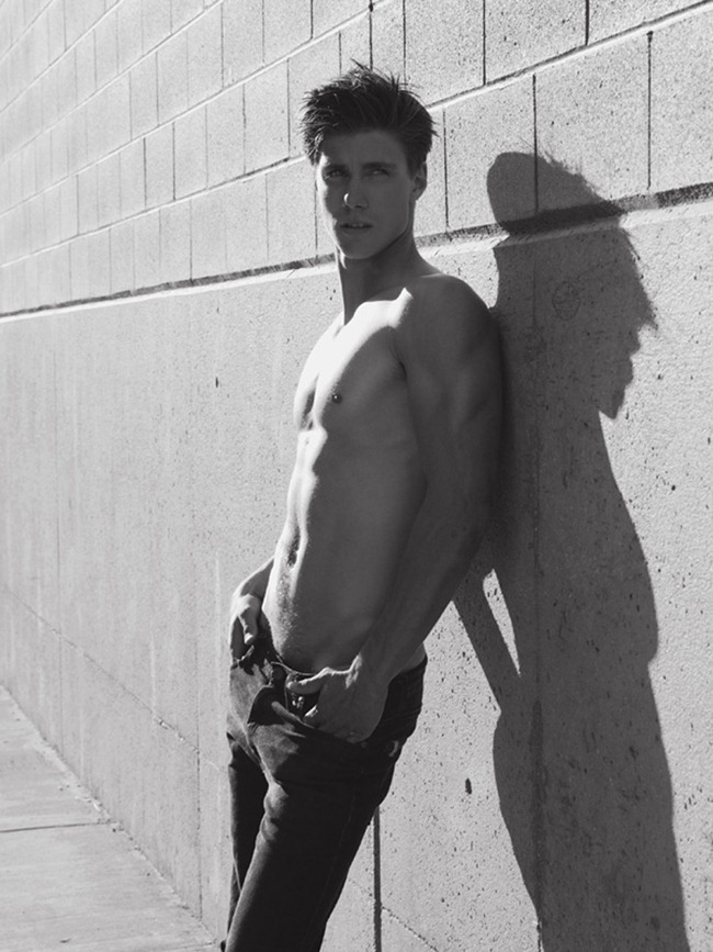 AGENCY Dorian Reeves with Nous Men by Scott Hoover. www.imageampilfied.com, Image Amplified (4)