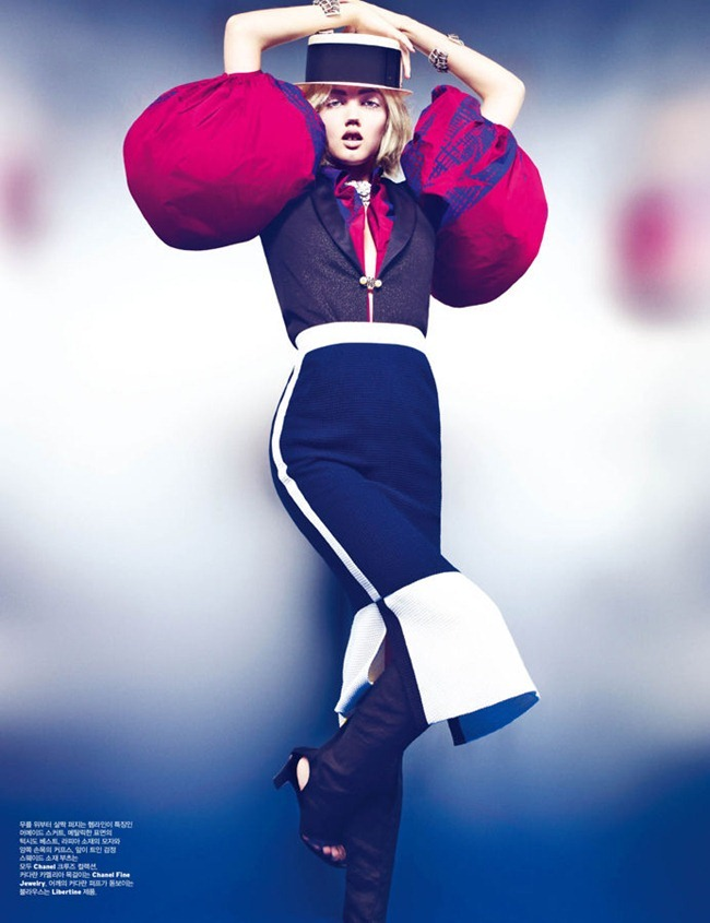 W KOREA Lindsey Wixson in Cruise Controller by Phil Poynter. Mary Alice Stephenson, November 2011, www.imageamplified.com, Image Amplified (2)