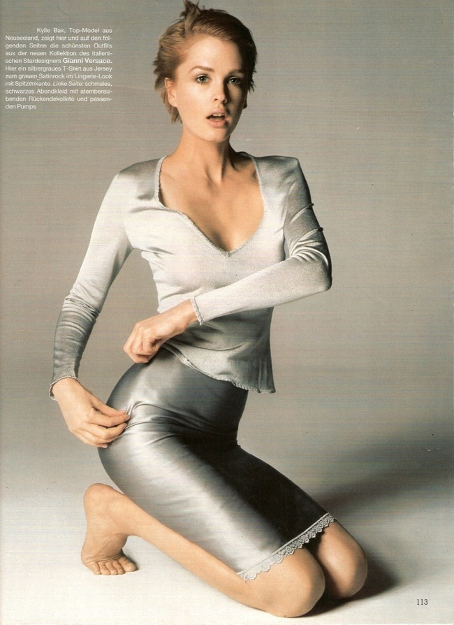 WE ♥ VERSACE- Kylie Bax for Versace Spring Summer 1997 by Richard Avedon. www.imageampilfied.com, Image Amplified7