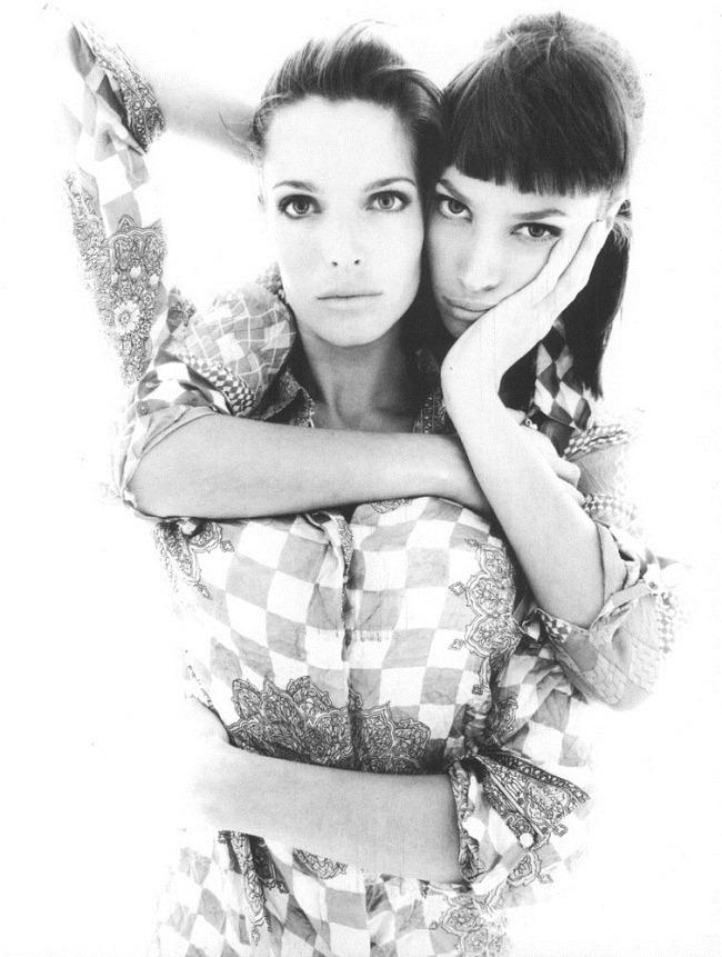 WE ♥ VERSACE- Cindy Crawford, Linda Evangelista, Stephanie Seymour & Christy Turlington for Versace Spring 1994 by Richard Avedon & Steven Meisel. www.imageampilfied.com, Image Amplified7 (2)