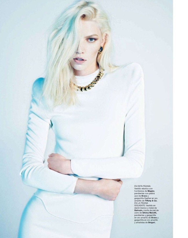 HARPER'S BAZAAR SPAIN- Aline Weber by Txema Yeste. Juan Cebrian, December 2011, www.imageamplified.com, Image Amplified9