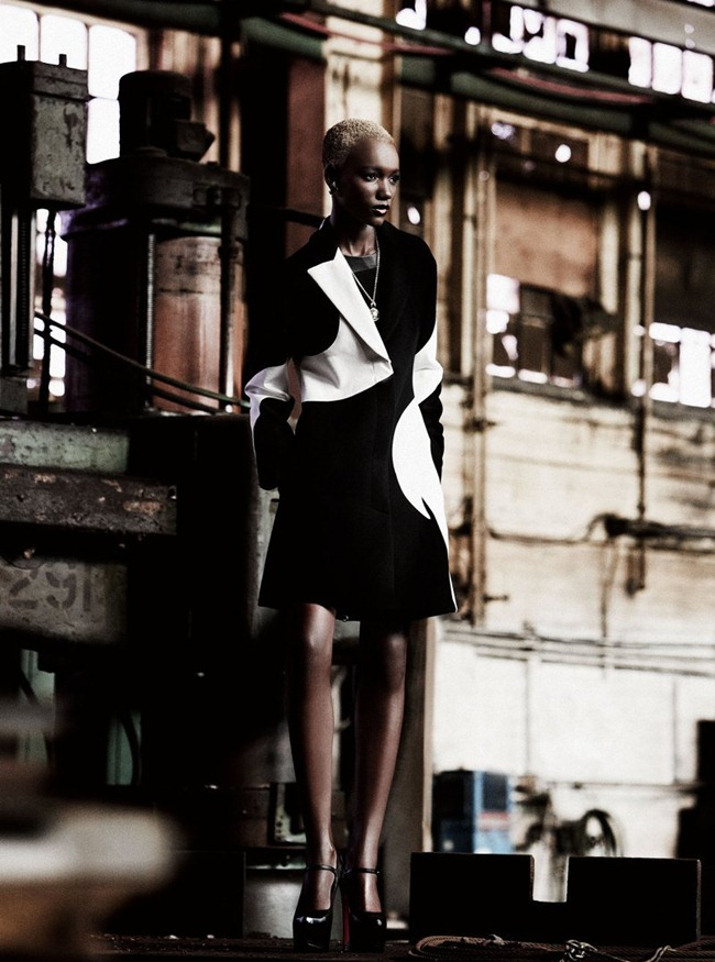 DRESS TO KILL- Herieth Paul in Lower East Side by Max Abadian. Cary Tauben, Winter 2011, www.imageamplified.com, Image Amplified4