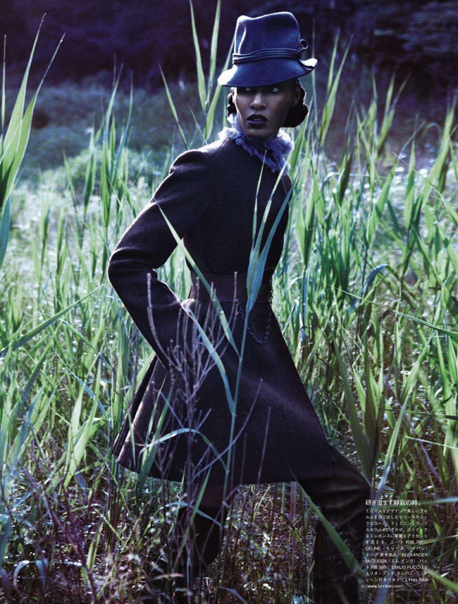 VOGUE JAPAN- Joan Smalls in Forgiving Wilderness by Solve Sundsbo. George Cortina, December 2011, www.imageamplified.com, Image Amplified9 (1)
