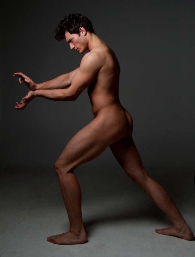 MASCULINE DOSAGE: Michael Zdanowski Nude by Photographer Bell Soto
