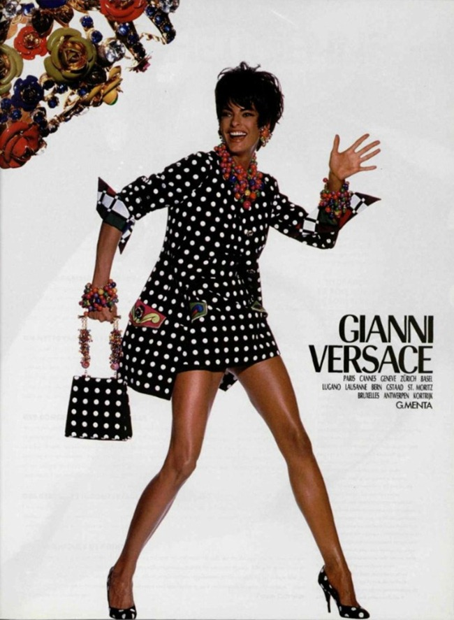 WE ♥ VERSACE- Naomi Campbell, Linda Evangelista & Christy Turlington for Versace Spring 1991 by Irving Penn. www.imageampilfied.com, Image Amplified8