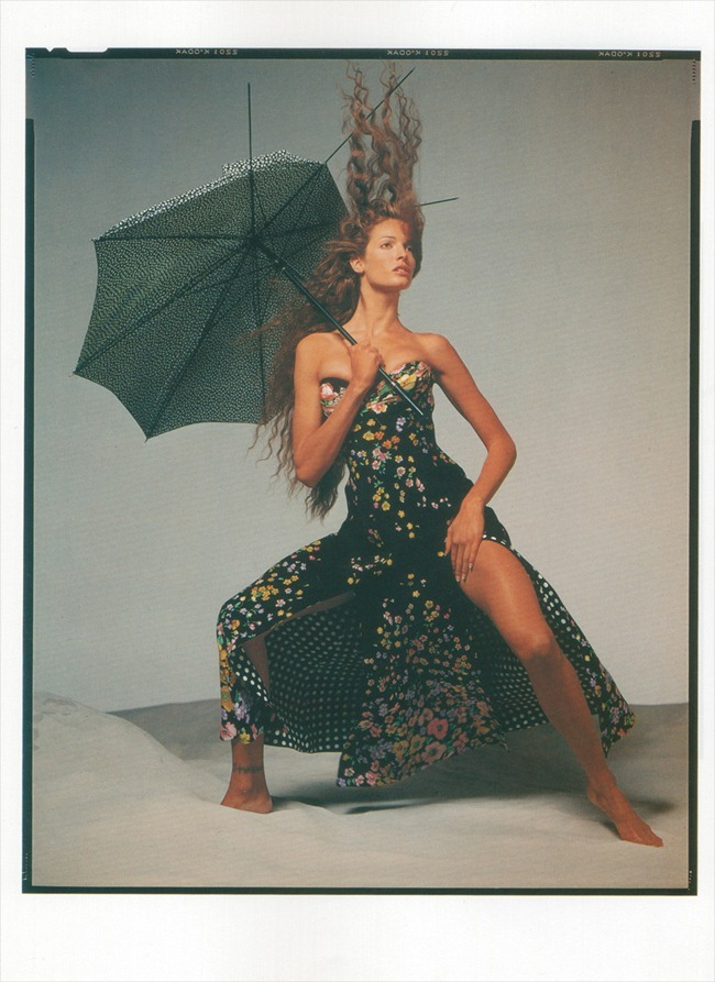 WE ♥ VERSACE- Naomi Campbell, Linda Evandelista, Kate Moss & more for Versace Spring 1993 by Richard Avedon. www.imageampilfied.com, Image Amplified6