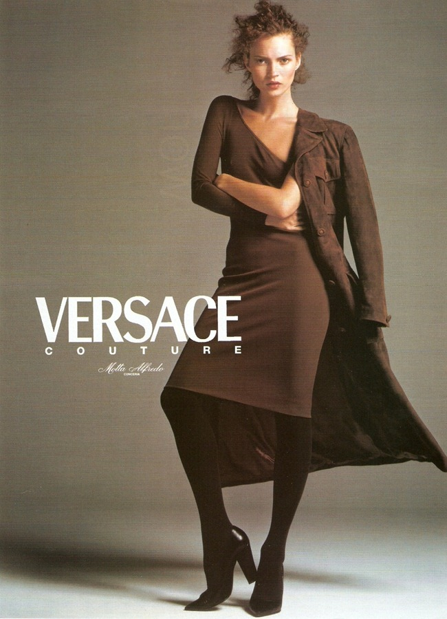 WE ♥ VERSACE- Kate Moss for Fall 1996. www.imageampilfied.com, Image Amplified3 (1)
