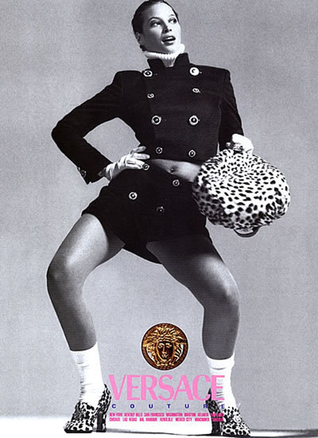 WE ♥ VERSACE- Claudia Schiffer & Cindy Crawford for Versace Fall 1994 by Richard Avedon. www.imageampilfied.com, Image Amplified8 (2)