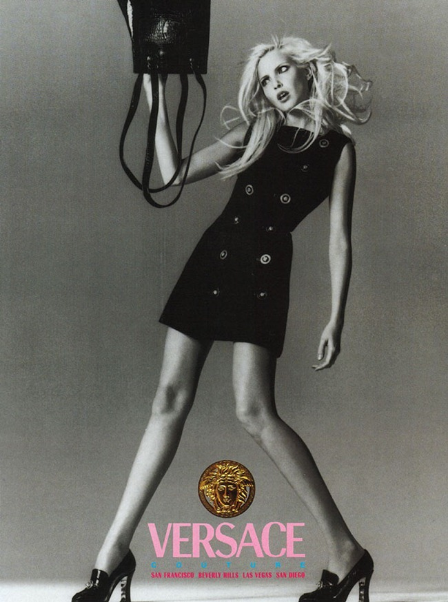 WE ♥ VERSACE- Claudia Schiffer & Cindy Crawford for Versace Fall 1994 by Richard Avedon. www.imageampilfied.com, Image Amplified5 (3)