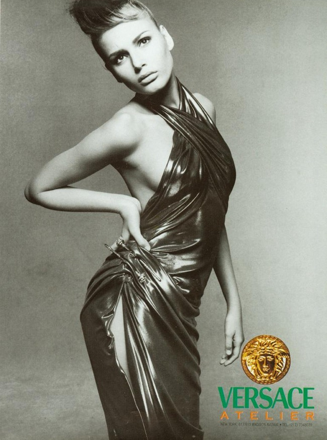 WE ♥ VERSACE- Claudia Schiffer & Cindy Crawford for Versace Fall 1994 by Richard Avedon. www.imageampilfied.com, Image Amplified6 (2)