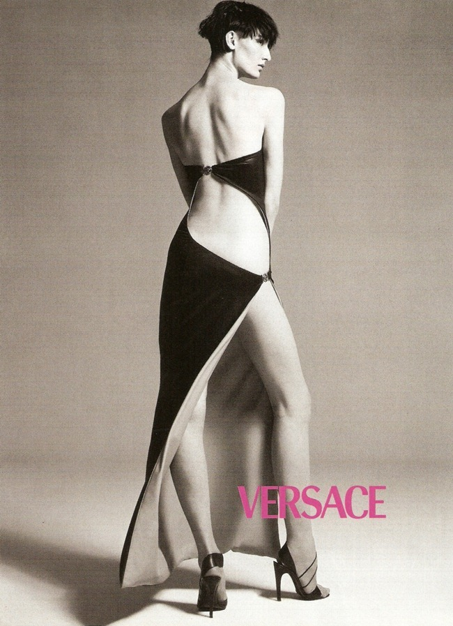WE ♥ VERSACE- Erin O'Connor for Versace Spring 1998 by Richard Avedon. www.imageampilfied.com, Image Amplified8