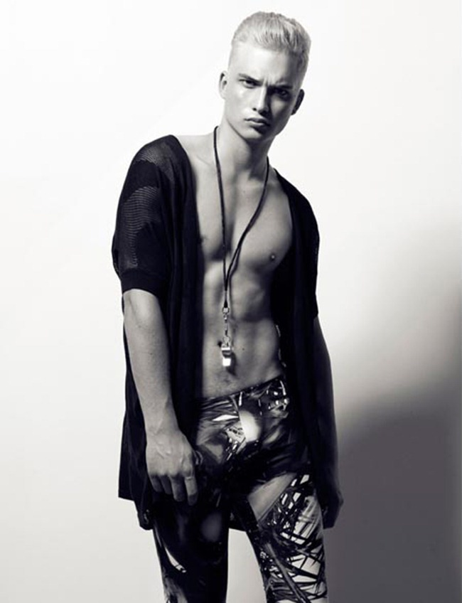 FEATURED MODEL Philipp Jelenska in Passion Olypiques by Philipp Jelenska. www.imageamplified.com, Image Amplified (3)