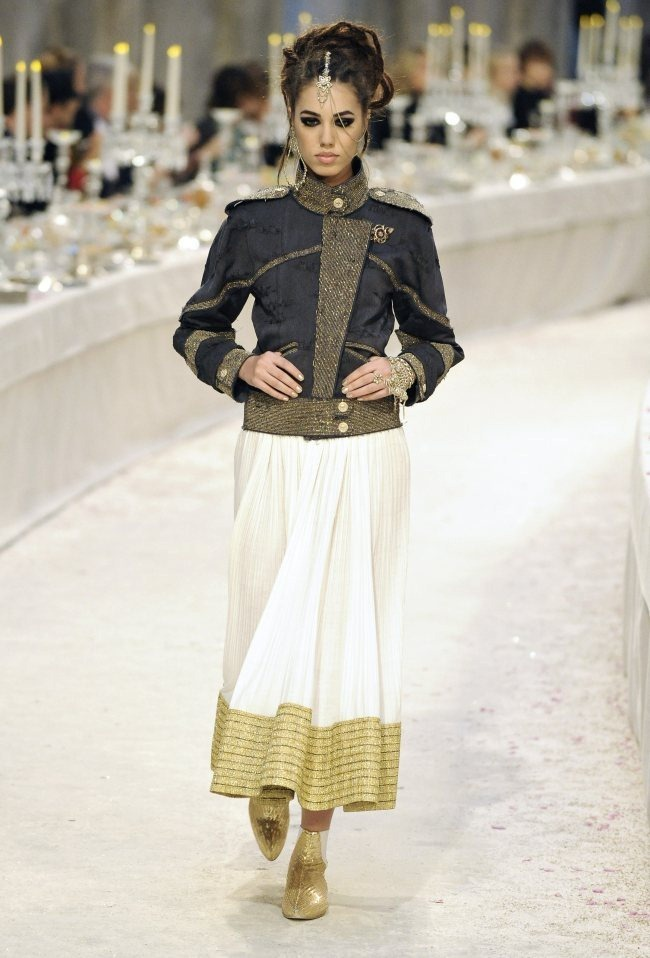 RUNWAY- Chanel Pre-Fall 2012 Collection in Bombay. www.imageamplified.com, Image Amplified2 (4)