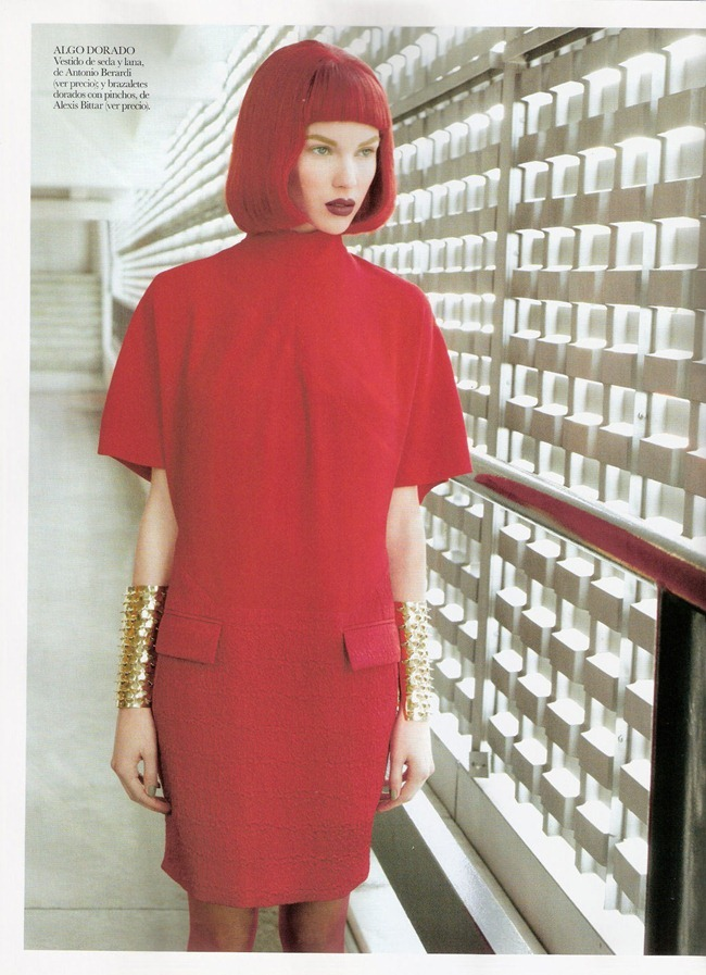 VOGUE SPAIN- Britt Maren in La mujer de rojo by Mark Seliger. Arianne Philips, Belen Antolin, January 2012, www.imageamplified.com, Image Amplified5
