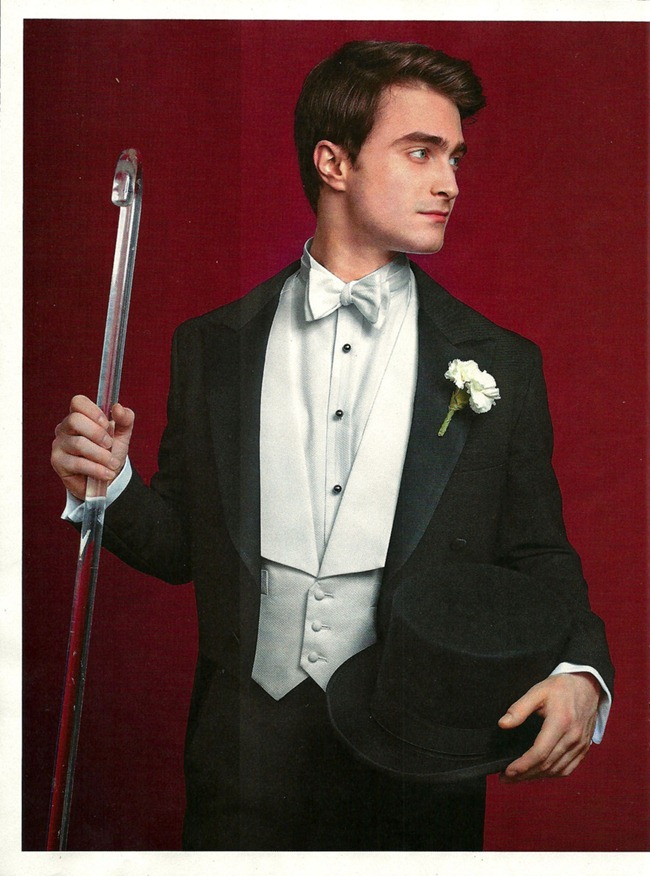 ENTERTAINMENT WEEKLY- Daniel Radclife is The Entertainer of the Year by Martin Schoeller. December 2011, www.imageamplified.com, Image Amplified6