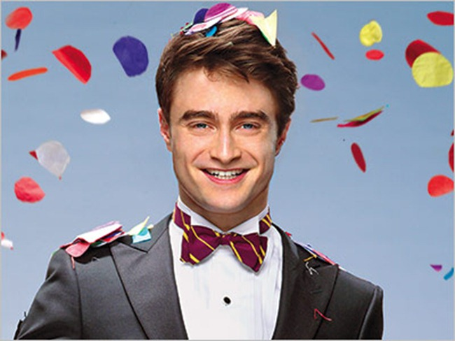 ENTERTAINMENT WEEKLY- Daniel Radclife is The Entertainer of the Year by Martin Schoeller. December 2011, www.imageamplified.com, Image Amplified2