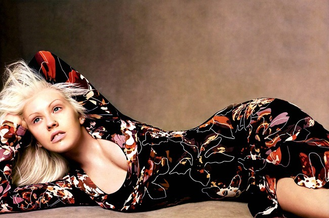 WE ♥ VERSACE- Christina Aguilera for Versace Fall 2003 by Steven Meisel. www.imageamplified.com, Image Amplified7