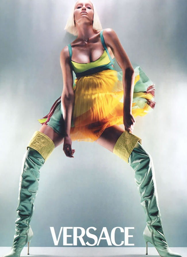 WE ♥ VERSACE- Amber Valletta for Versace Spring 2003 by Steven Meisel. www.imageamplified.com, Image Amplified4