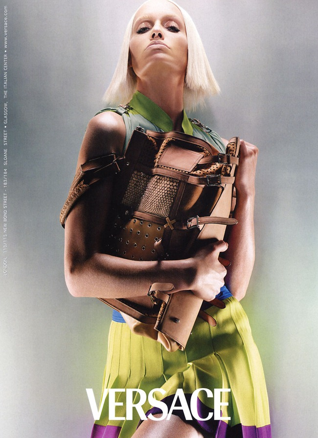 WE ♥ VERSACE- Amber Valletta for Versace Spring 2003 by Steven Meisel. www.imageamplified.com, Image Amplified6