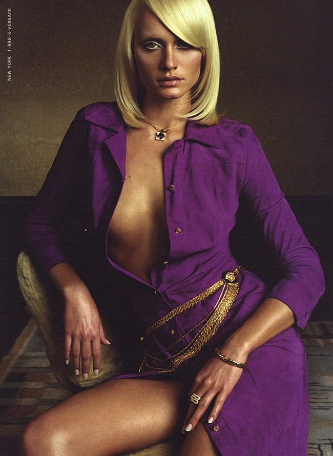 WE ♥ VERSACE- Amber Valletta for Versace Spring 2000 by Steven Meisel. www.imageamplified.com, Image Amplified9