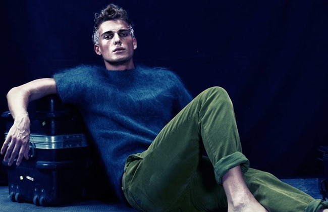 7TH MAN MAGAZINE- Simon Nessman in The Degrees of Symmetry by Matteo Zini. www.imageamplified.com, Image Amplified9 (1)