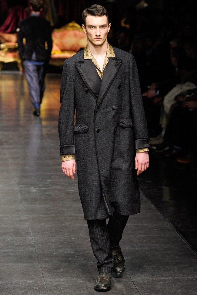 MILAN FASHION WEEK- Dolce & Gabbana Men's Fall 2012. www.imageamplified.com, Image Amplified7 (5)
